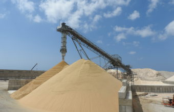 solutions for conveying, transhipment and the processing of raw materials